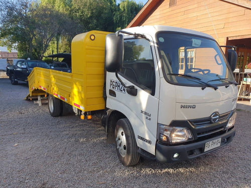hino camion multiproposito
