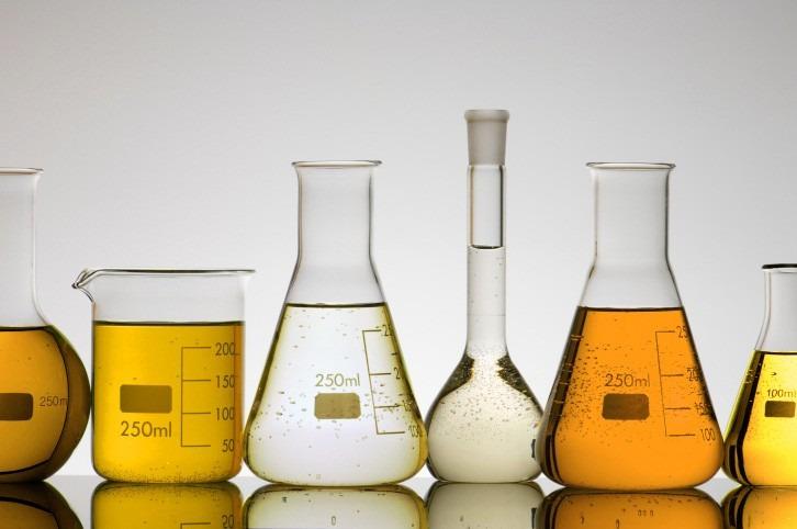 Hipoclorito de sodio 13 20 lt cloro desinfectante for Hipoclorito de sodio para piscinas