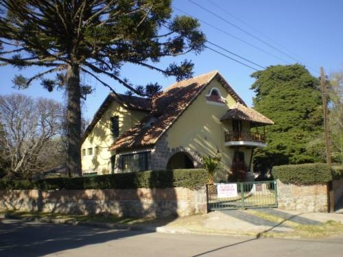 historico chalet barrio golf ( financio)