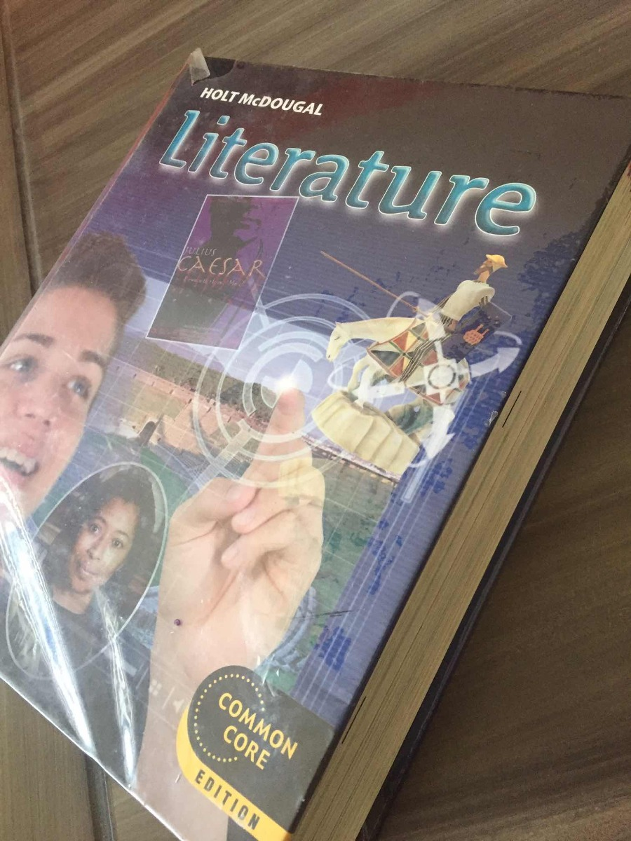 Holt Mcdougal Literature Grade 10 - $ 1,000 00