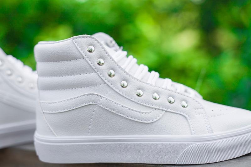 Zapatillas Hombre Mujer Vans Clasica Caña Blancas Sneakerbox ... 5ed571915dc