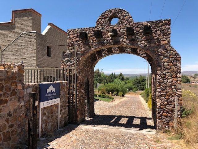 home site for sale in el cortijo