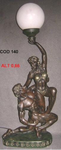 homen com mulher de petit bronze-peti bronze ( cod 98 )