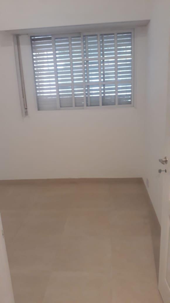 homero 200. casa con garage y quincho. venta villa luro