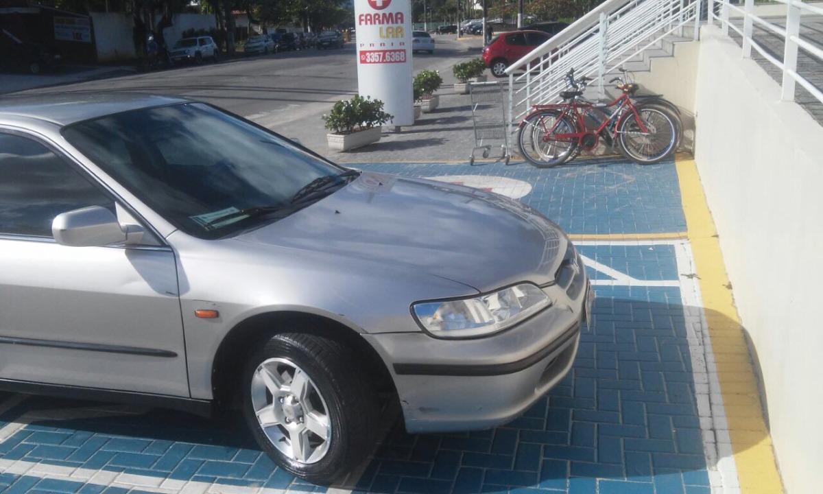Honda Accord 2.3 Ex 4p 1998