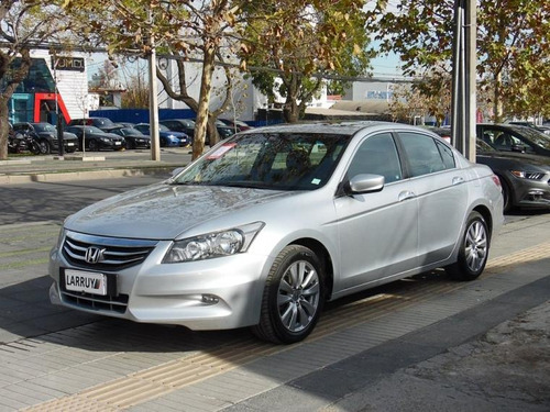 honda accord  3.5 aut 2013