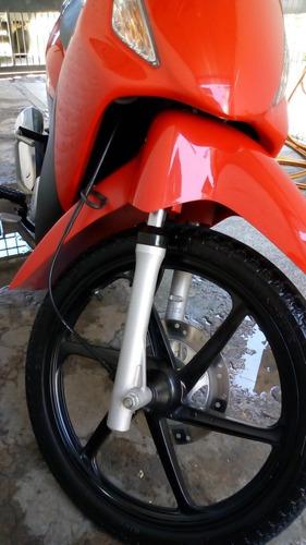 honda biz 125 cc. ksst 2017