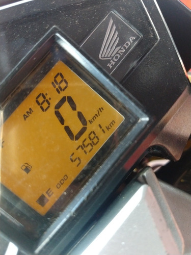 honda cb 300 2012   /  financiamos 36x  57.000 km