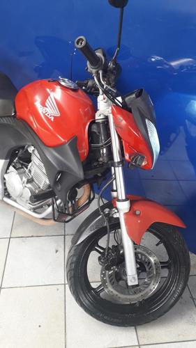 honda cb 300  vermelha  2011
