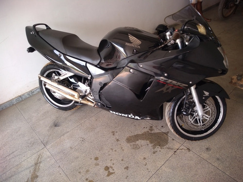 honda cbr 1100 black bird
