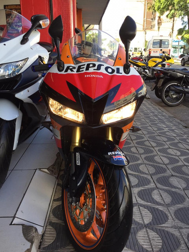 honda cbr 600rr ano 2013 com apenas 15.000 km shadai motos