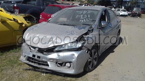 honda city ex 2014¿  chocado para reparar...
