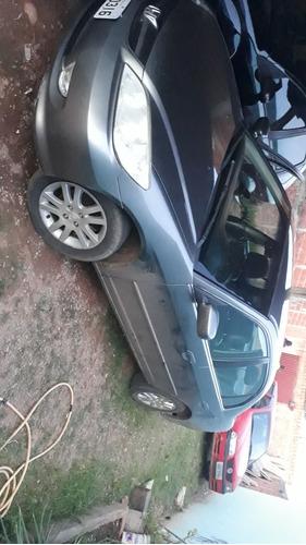 honda civic 1.7 lxl aut. 4p 130hp 2005