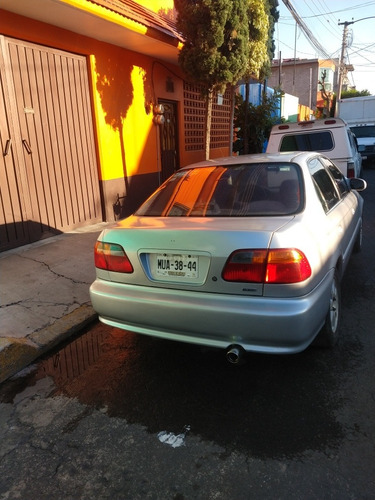 honda civic ex-r coupe at 2000