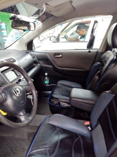 honda  civic hatchback 2002