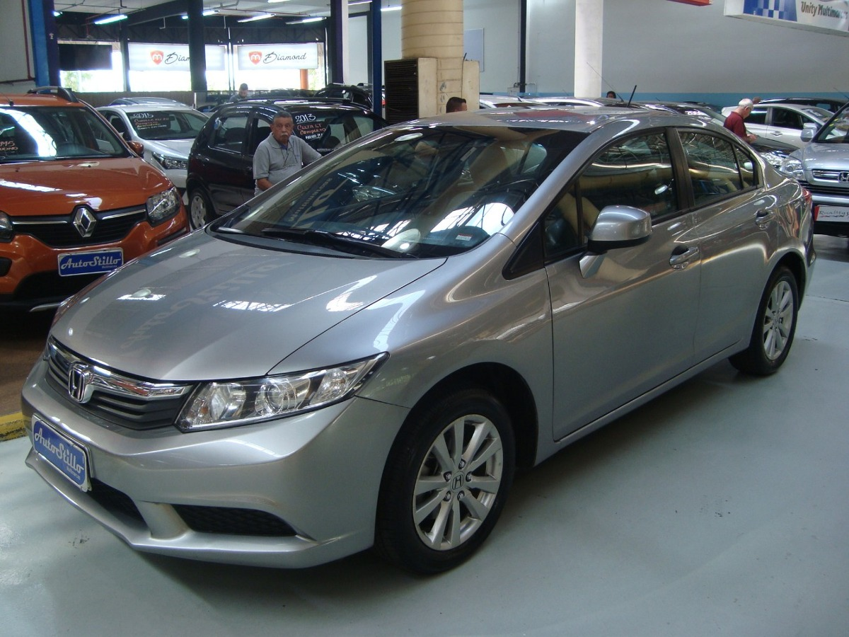Honda Civic Lxs 1.8 Flex 2013 Automático (completo + Couro). Carregando  Zoom.
