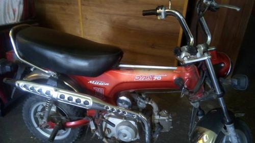 honda dax modelo 2000