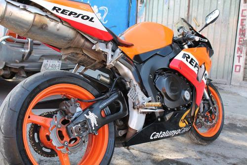 honda deportiva moto