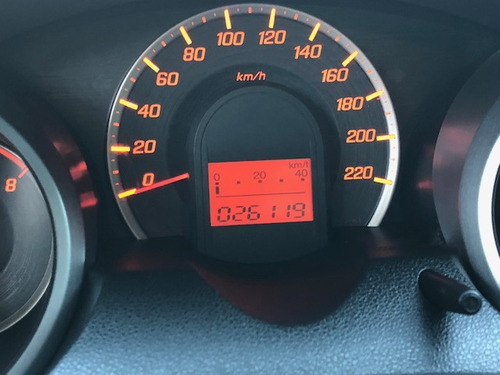 honda fit 1.4 2013 lx flex aut. 5p 26000km.