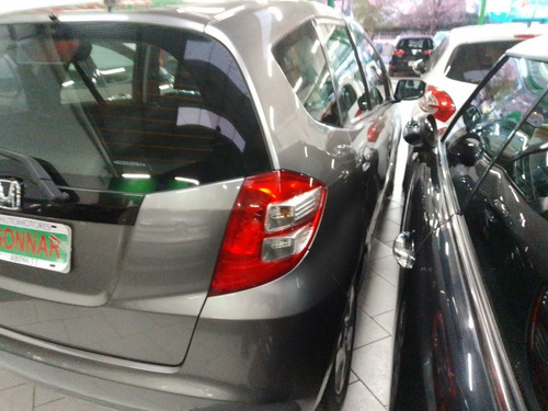 honda fit 1.4 lx 5 ptas 2011