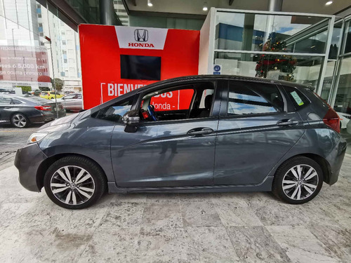 honda  fit  2017  5p hit l4/1.5 aut