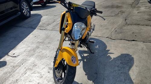 honda grom 125 c.c. amarillo 2015