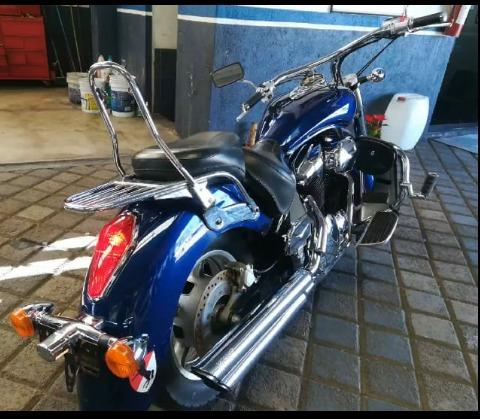 honda interestate 1300cc  2010