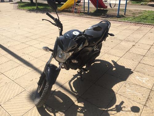 honda invicta 150cc negra