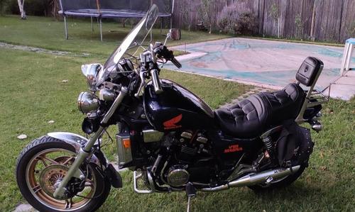 honda magna 1100 (v65)