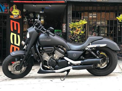 honda magna 750cc negro mate mod95 40.000 kms , 16 valvulas