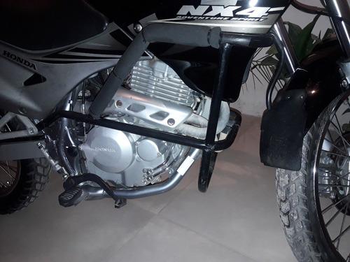 honda nx 400 falcon - excelente estado - poco uso..2011