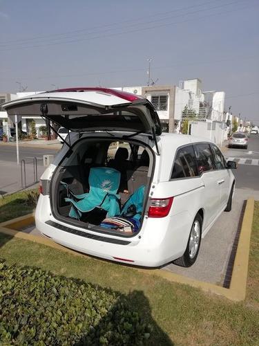 honda odyseey 3.5 touring minivan 2012