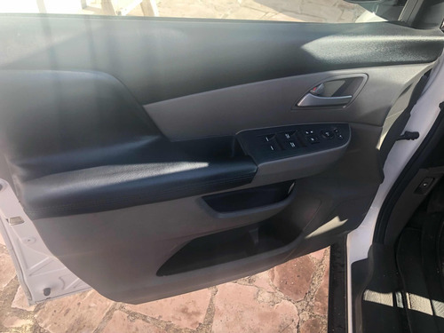 honda odyssey 3.5 lx minivan at 2012