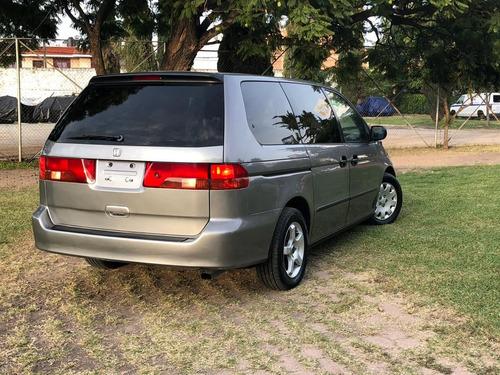 honda odyssey 3.5 minivan at 2000