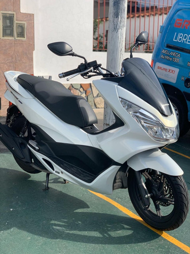 honda pcx 150 moto scooter blanca impecable
