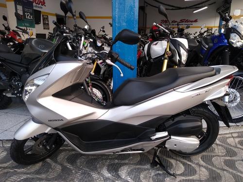 honda pcx moto