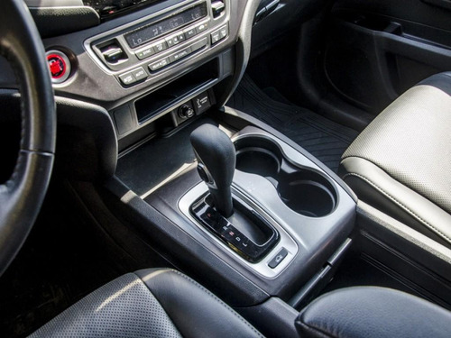 honda ridgeline 3.5 rtl auto 4wd 2019 72.000 km $ 21.990.000
