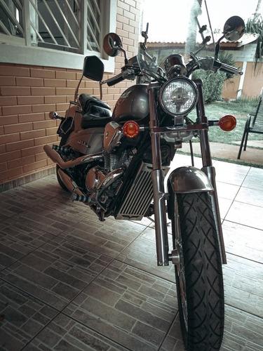 honda shadow 600c