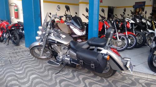 honda shadow 750 moto