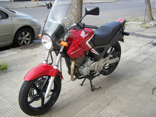 honda twister 2015  impecable