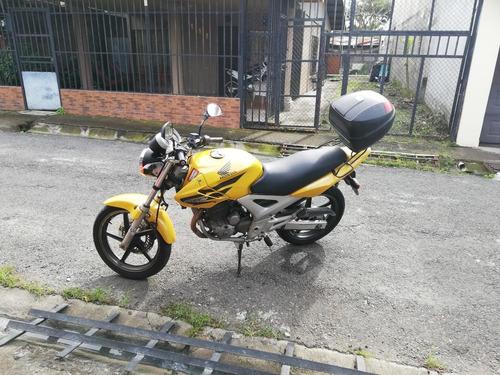 honda twister cbx 250 amarilla
