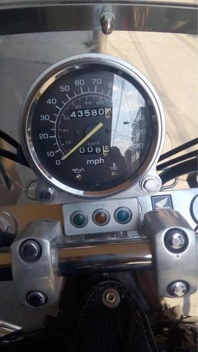 honda vt 1100cc 2005