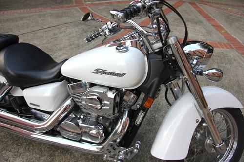 honda vt 750c shadow aero blanco metalizado