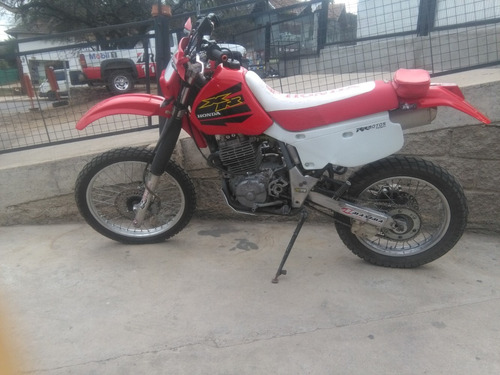 honda xr600 impecable