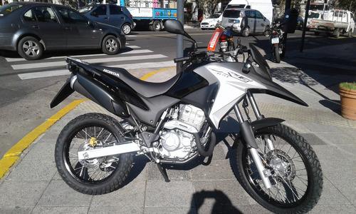 honda xre 300 0km negro financio centro motos