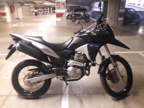 honda xre300 nueva poco uso moto aventura todo terreno