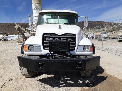 hormigonera revolvedora de concreto 8m3 mack 2006 mixers