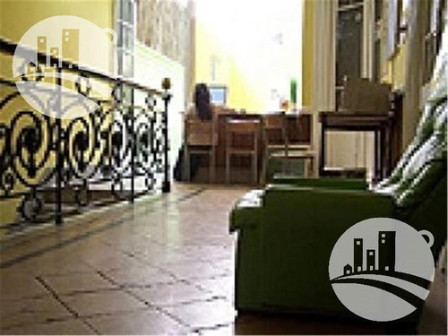 hostel 20 hab. con local