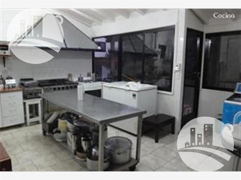 hosteria 9 hab. 3*