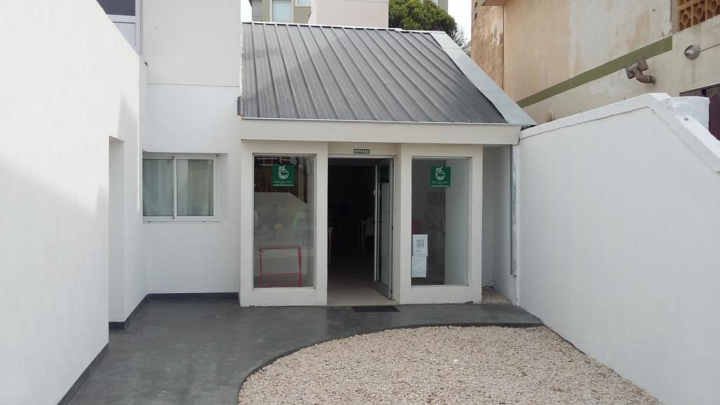 hosteria en venta, villa gesell, zona centro a mts del mar